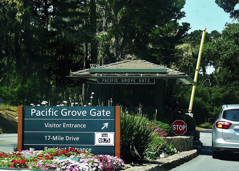 Entrance to 17-mile Drive