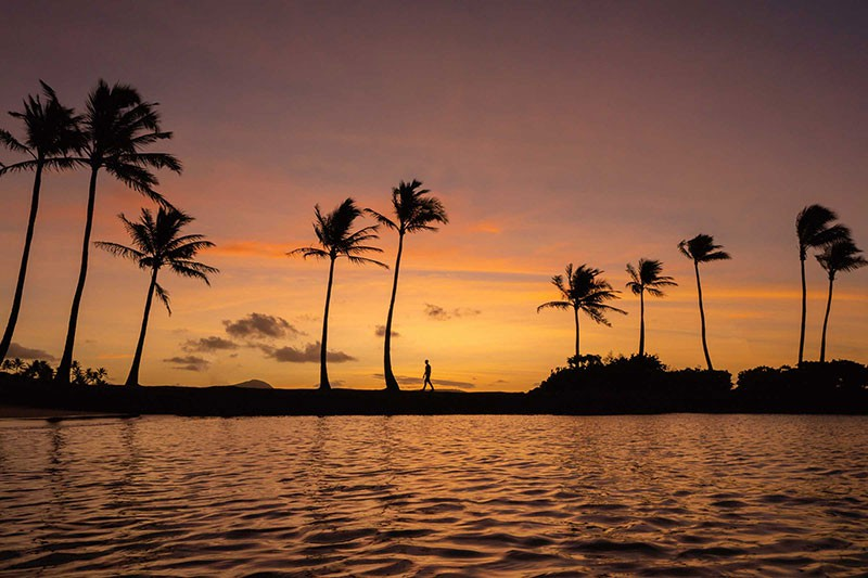 Sunset at the Kahala Hotel and Resort in Oahu