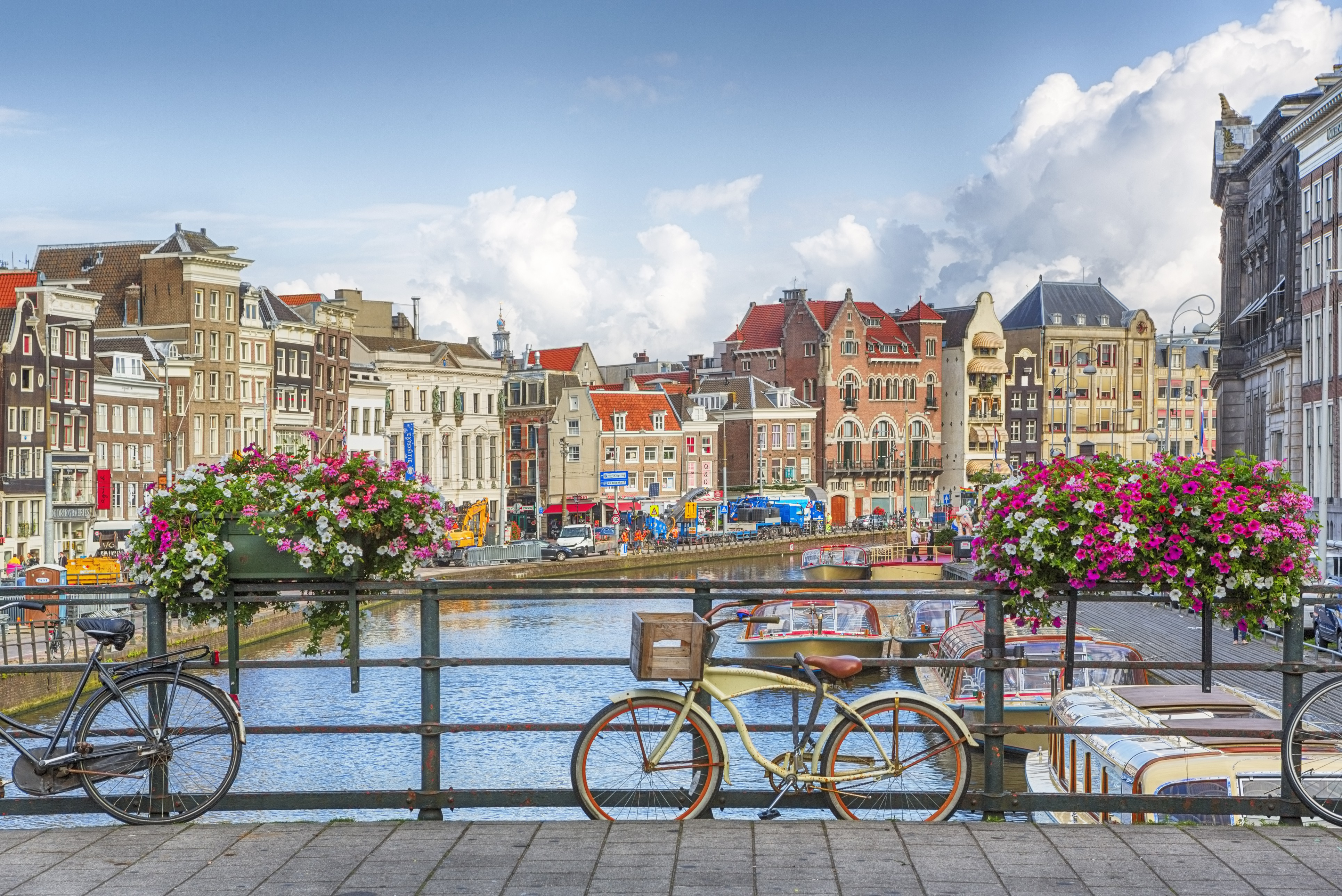 A look at the city of Amsterdam - Teeming River Cruises