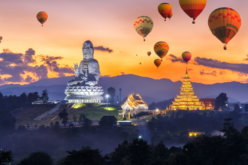 Myanmar temples and balloons