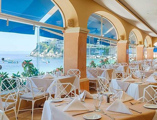 All-Inclusive Resort Barcelo Puerto Vallarta on
