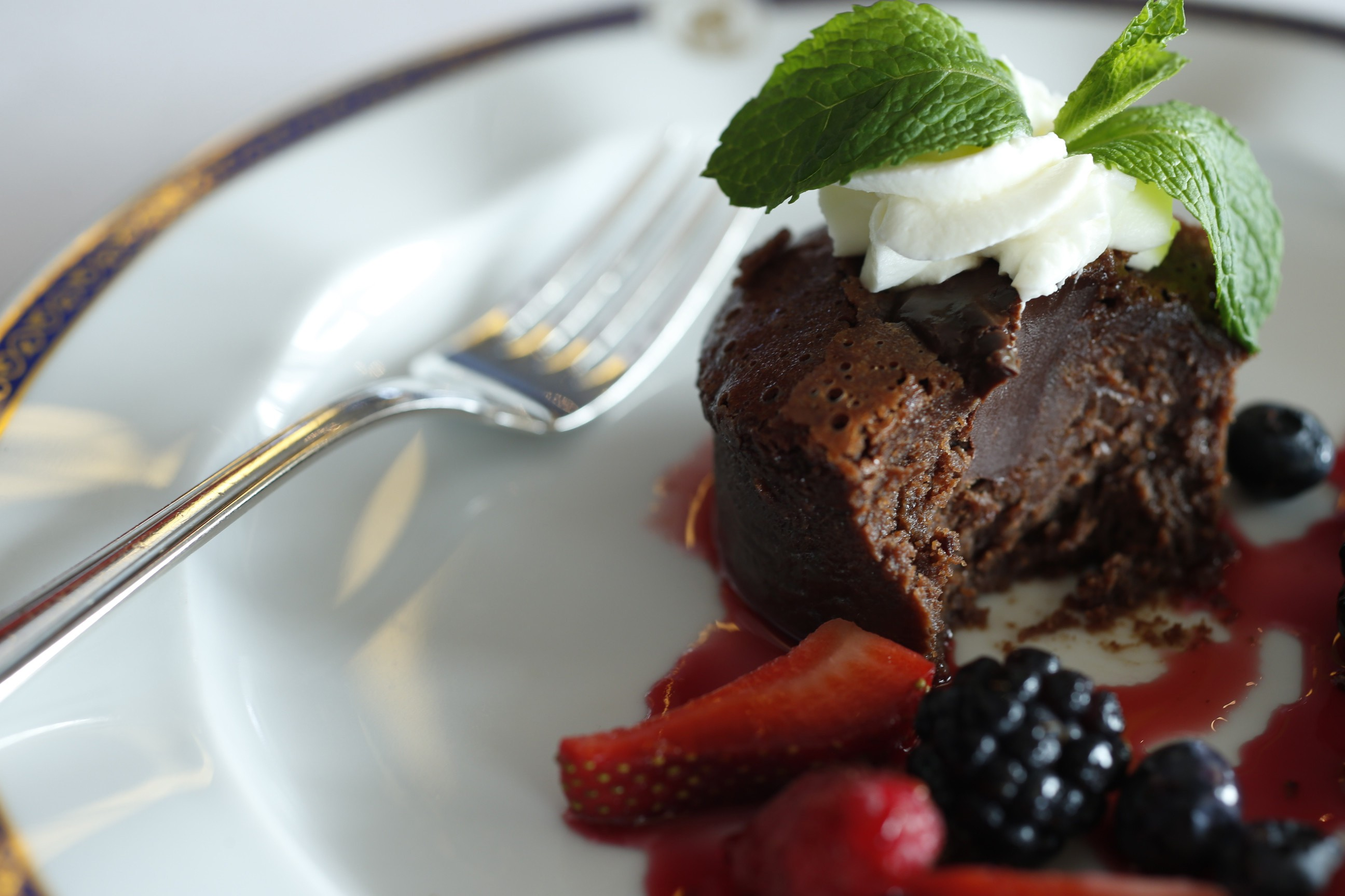 Dining on the Amsterdam by Holland America Line