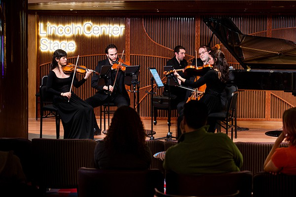 Nieuw Statendam entertainment in Lincoln Center
